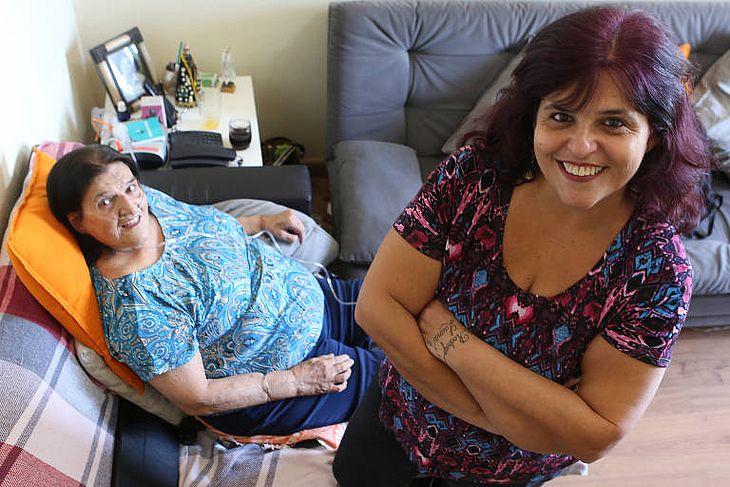 Carmela e a filha Fernanda