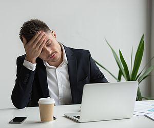 Conheça a síndrome que afeta 30% dos trabalhadores brasileiros e saiba como evitar