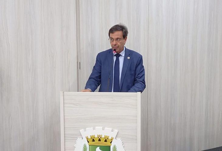 Ministro Gilson Machado utilizou a tribuna da Câmara para agradecer aos vereadores pela honraria