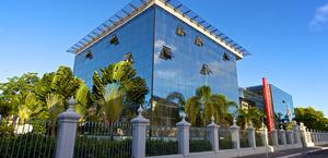Governador concede entrevista coletiva para anunciar novo decreto em Alagoas