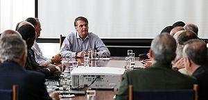 Bolsonaro reunido com ministros