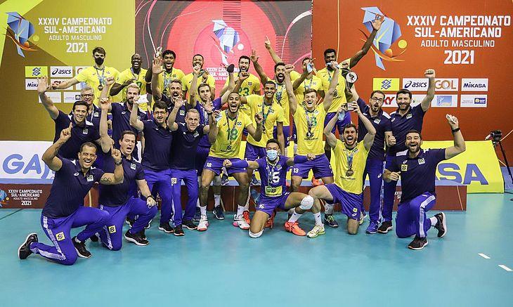 Seleção brasileira fez 3 sets a 1 na final realizada em Brasília