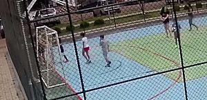 Vídeo: homem segura menino e manda filho agredir a criança em Brasília