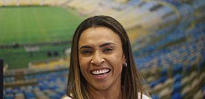 Marta recebe homenagem do RJ, que decreta o dia 19 de fevereiro como o dia do Futebol Feminino