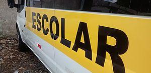 Condutores de vans escolares devem renovar licenciamento, diz SMTT