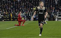 Ajax vence a Juventus em Turim e carimba classificação para semifinal