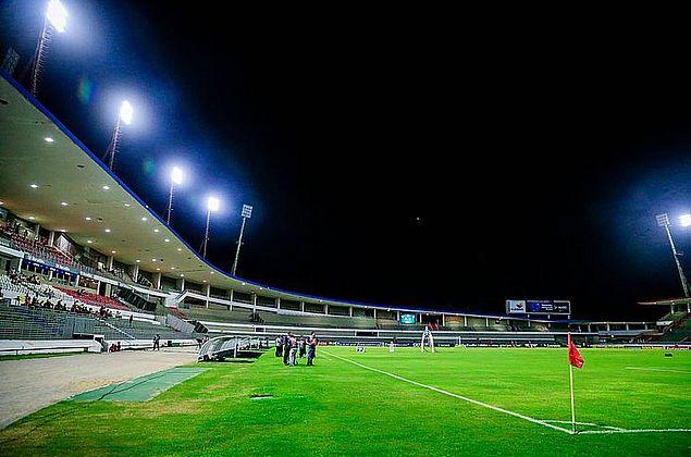 CSA x Botafogo: Vigilância Sanitária vai fiscalizar retorno do público ao estádio Rei Pelé