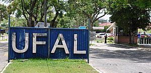 Governo federal corta R$ 42 milhões no orçamento e Ufal suspende bolsas de extensão