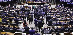 Plenário pode votar projeto que amplia permissão para porte de armas