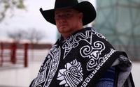 Cantor de country Justin Carter morre por disparo acidental durante gravação de clipe