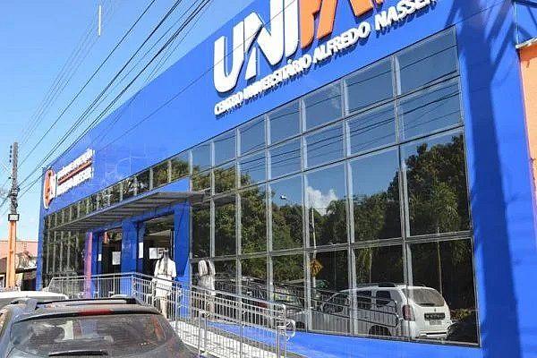 Diretor da Unifan que se envolveu em confusão também é deputado federal por Goiás