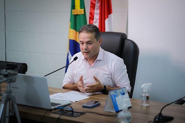 Renan Filho, participou da primeira reunião entre governadores e o ministro da Saúde, Marcelo Queiroga, para tratar do cronograma de entrega das doses contra a Covid-19 já adquiridas para a aceleração do Plano Nacional de Imunização