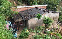 A casa fica na comunidade Alto da Alegria, no Benedito Bentes