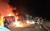 Vídeo: incêndio atinge polo automotivo da Jeep e destrói mais de 100 veículos em Pernambuco