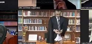 Vídeo: Ministro do STJ aparece sem calça durante sessão virtual
