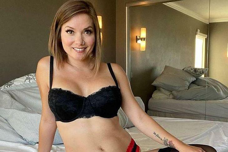 Nikole Mitchell, 36, que deixou de ser pastora e hoje faz sucesso com fotos sensuais