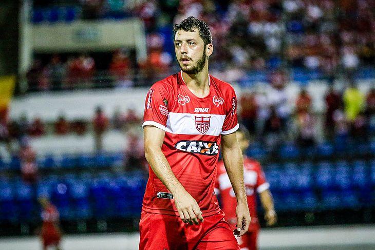Felipe Menezes vai precisar passar por cirurgia no joelho