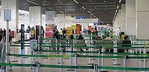 Governo veta saque do FGTS a profissionais do setor aéreo durante pandemia