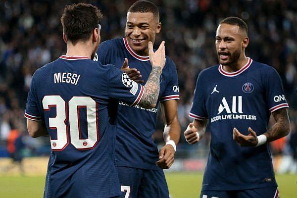"""Mesmo entre os indicados pela """"France Football"""", argentino disse em entrevista que não é favorito e revelou em quais jogadores votaria"""