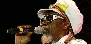 Bunny Wailer, fundador de banda com Bob Marley, morre aos 73 anos