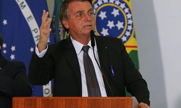 Bolsonaro também pediu autorização ao Senado para crédito junto ao NDB