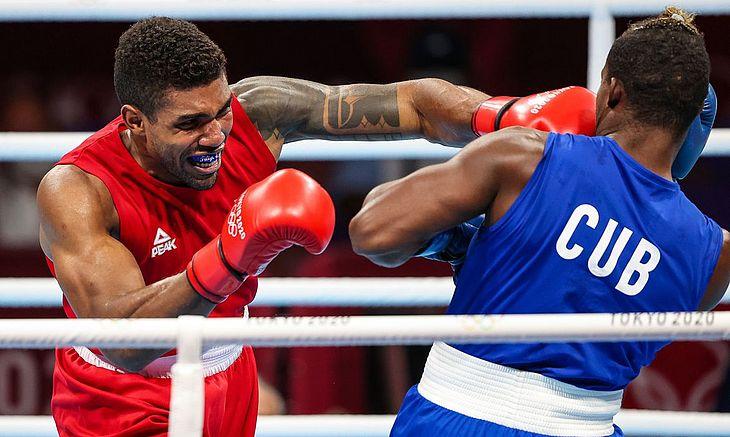 Primeiro brasileiro a chegar à semifinais do boxe nos Jogos de Tóquio, o peso-pesado Abner Teixeira ficou com o bronze