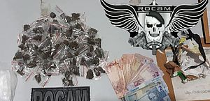Suspeito de tráfico de drogas é preso dentro de casa, em Arapiraca
