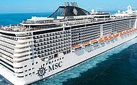 O cruzeiro MSC Fantasia tem capacidade para 3.274 e aproximadamente 1.370 tripulantes