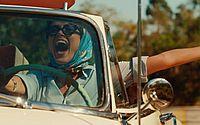 Maria Casadevall é Maria Luiza, uma empreendedora nos anos 60 na série 'Coisa Mais Linda', da Netflix