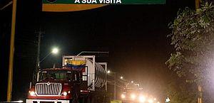 Caminhões com mais de 100 mil m³ de oxigênio da Venezuela chegam a Manaus