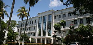 Vítima foi transferida para o Hospital do Açúcar, em Maceió