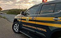 Homens são presos pela PRF com drogas dentro de carro, em São Sebastião