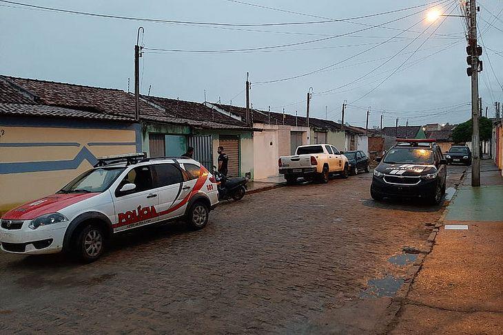 Prisões aconteceram no bairro Baixão, em Arapiraca
