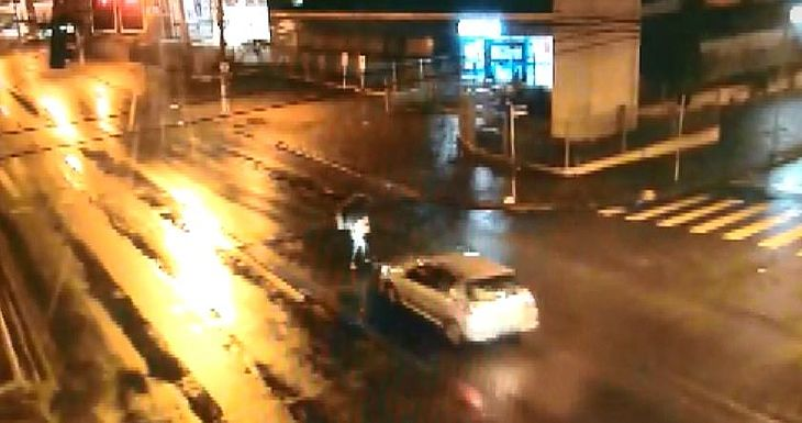 Vítima estava na faixa e respeitou semáforo vermelho