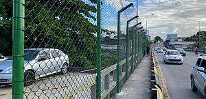 Instalação de grades na Ponte do Reginaldo está em fase final