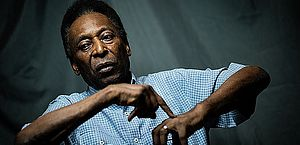 Pelé apresenta boa condição física e deixa UTI, diz boletim