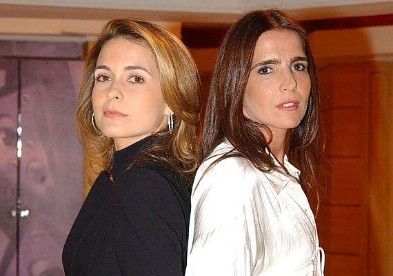 Na novela Celebridade, da TV Globo, Laura Prudente da Costa ( Cláudia Abreu) invejava e queria a vida de Maria Clara Diniz (Malú Mader)