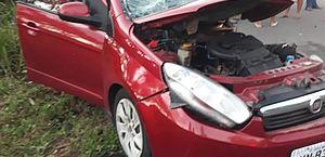 Acidente entre caminhão e carro deixa motorista morto e vereador ferido, na BR-316