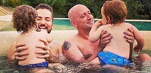 """Thales Bretas diz que filhos pedem para ver """"o papai Paulo"""""""
