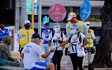 Ronda no Bairro reforça a importância do uso de máscaras junto à população