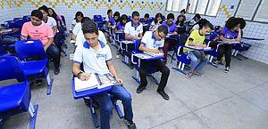Projeto quer impedir suspensão de aulas presenciais durante a pandemia de covid-19