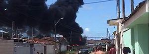 Caminhão pega fogo nas proximidades do Aeroclube; veja as imagens