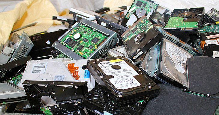 Descartado de forma irregular, lixo eletrônico pode prejudicar a saúde humana e o meio ambiente