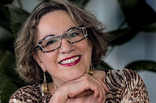 Psicanalista do Amor e Sexo, Regina Navarro faz sucesso e fala sobre seu casamento moderno
