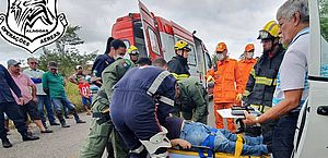 Vídeo: Grupamento Aéreo resgata homem após acidente de carro em Boca da Mata