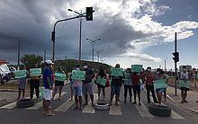 Em protesto contra a SMTT, moradores do São Jorge bloqueiam a Avenida Josepha de Mello