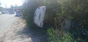 Carro e caminhão se envolvem em acidente no Mirante da Sereia; homem fica ferido
