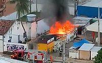 Incêndio atinge barracas de praça de alimentação em Maragogi