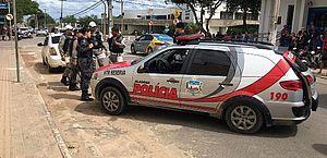 Arapiraca: suspeitos de assalto a supermercado são presos ao tentar furar blitz