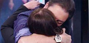 Faustão beijou Suzana Vieira e 'casal' virou meme
